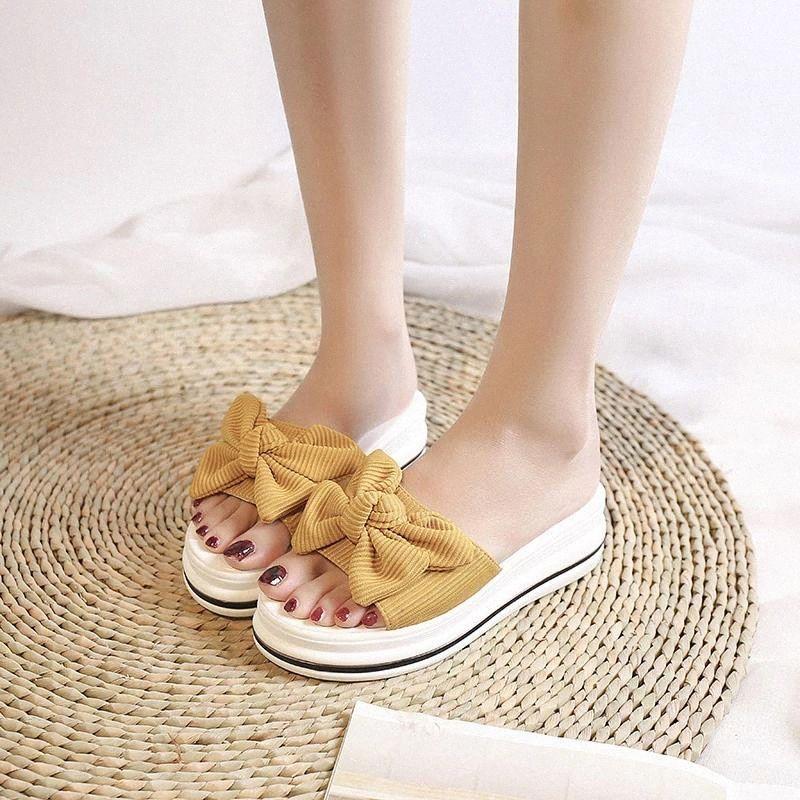 Женщины Летняя скольжение на бабочковых узлах Тапочки Дамы повседневная крытая платформа Клина обувь Женщина светлый женский нескользящий тапочка 2020 # C43B
