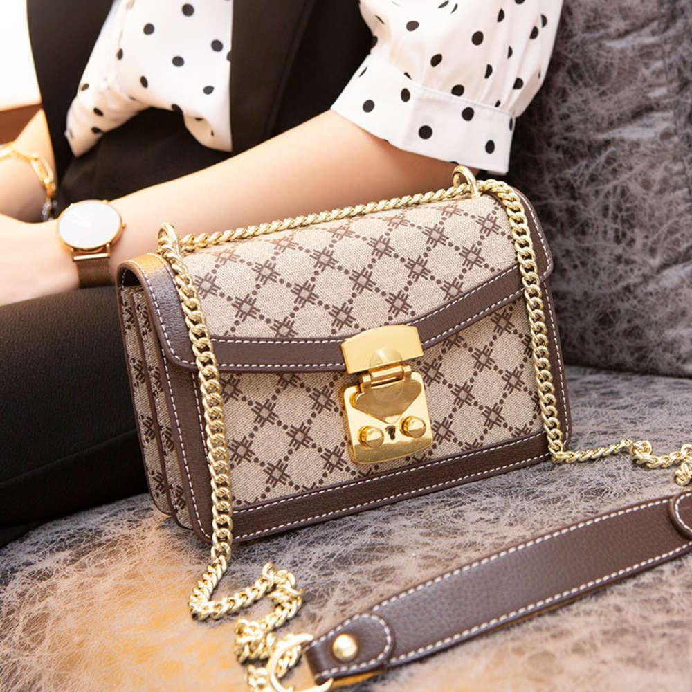 Diseñadores de lujo 2021 New French Niche Sense Messenger Limited Fashion Forey Style Chain Bag Tendencia