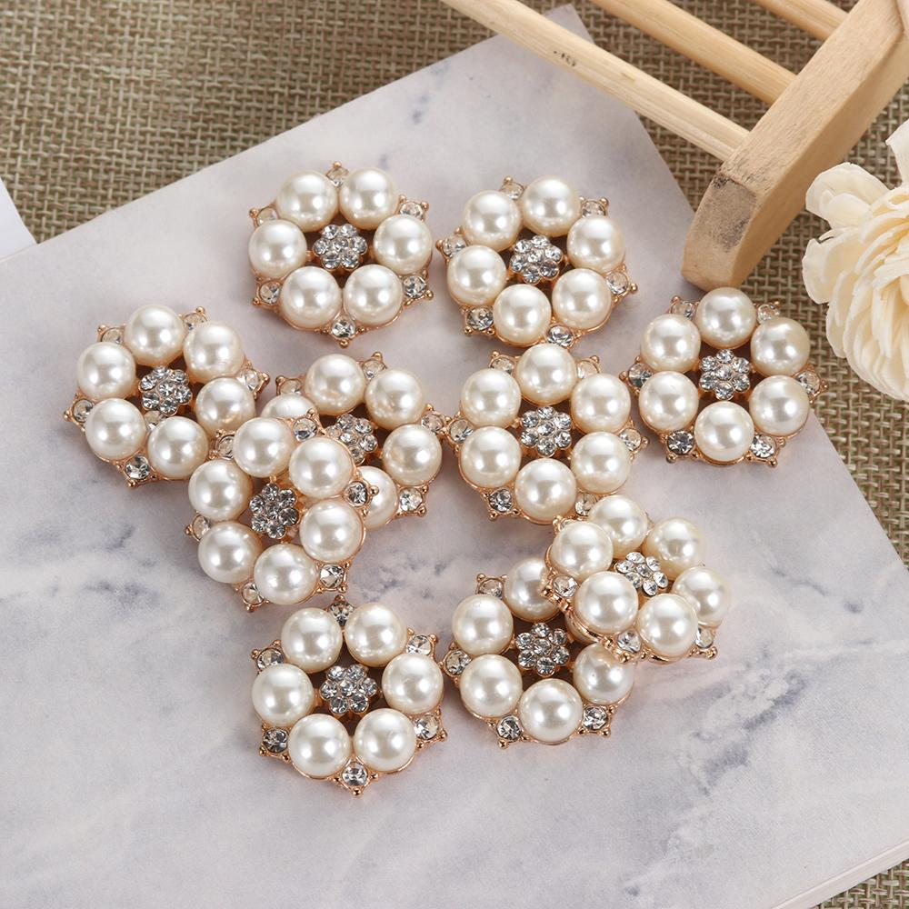 Nova 25 milímetros Flower Pedrinhas botões de pérola Botão Vestuário DIY Liga Diamante Cryustal Bow Acessórios Garment decorativa