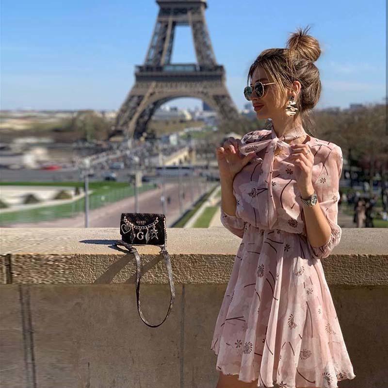 Femmes Bohemian Boor Bandage Flower Toi Partie imprimée Robe à manches longues élégantes Casual A-ligne mini robe 2020 été nouvelle robe de mode Y1224