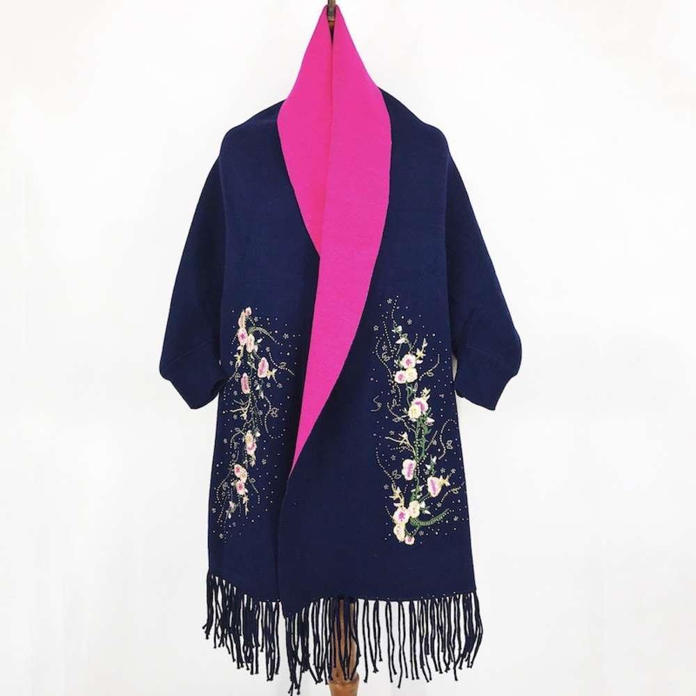 Taladro caliente Plum Blossom Bordado flor imitación cachemira mantón partido grueso cálido tassel puños Cabo otoño e invierno ropa de mujer
