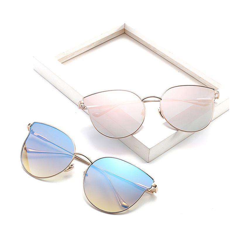 Black Friday Sun Femmes Sunglass Designer Accessoires Sexy Metal Sun lunettes Candy Cool Lunettes de soleil Vente en gros Verres de vacances DF17007 QXLAC