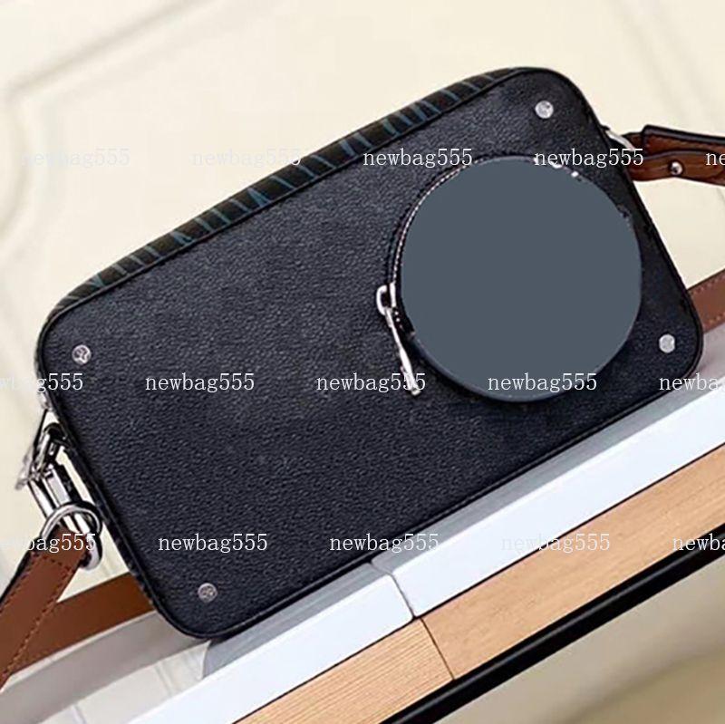 2020 neue Art und Weise Mannbeutel Vintage Kameratasche Umhängetaschen volga auf Band Oxidations Leder Patchwork Kupplung Reißverschluss 22cm m69688