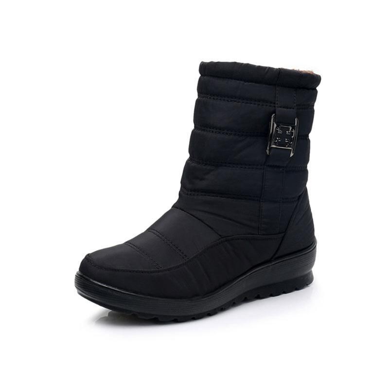 Botas de nieve de 2020 mujeres de la marca de Invierno Zapatos Botas madre antideslizante impermeable flexible informal manera de las mujeres más el tamaño