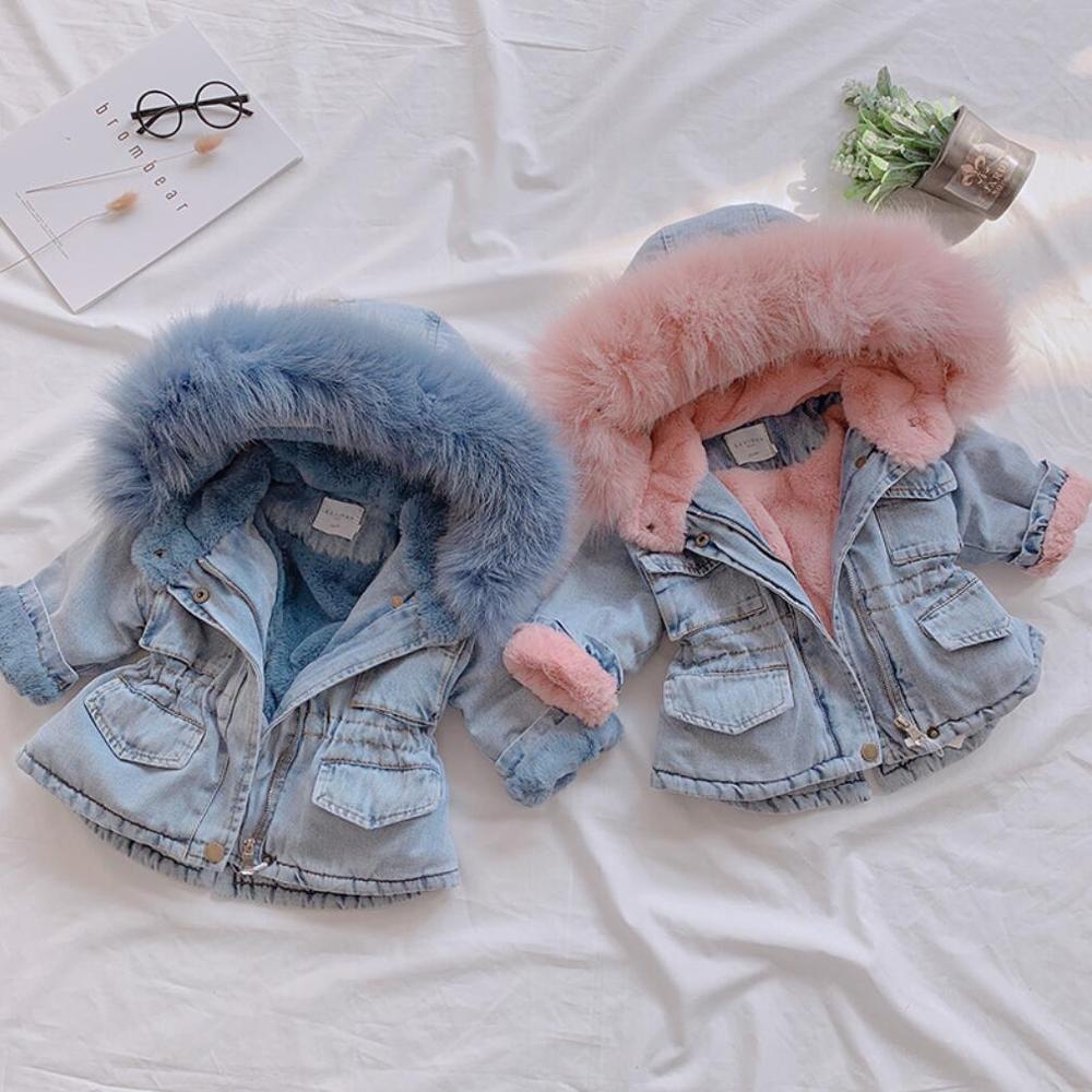 Meninas de inverno aquecer jaqueta além de veludo crianças moda jeans casaco crianças acolchoado parka pele colarinho meninas com capuz outerwear lj201017