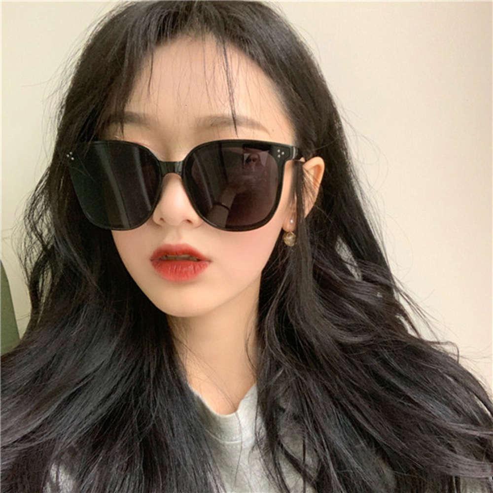 Nuevas gafas de sol de la foto de la calle de la moda coreana de GM, el marco grande, la personalidad y la moda, las gafas rojas de la red versátil