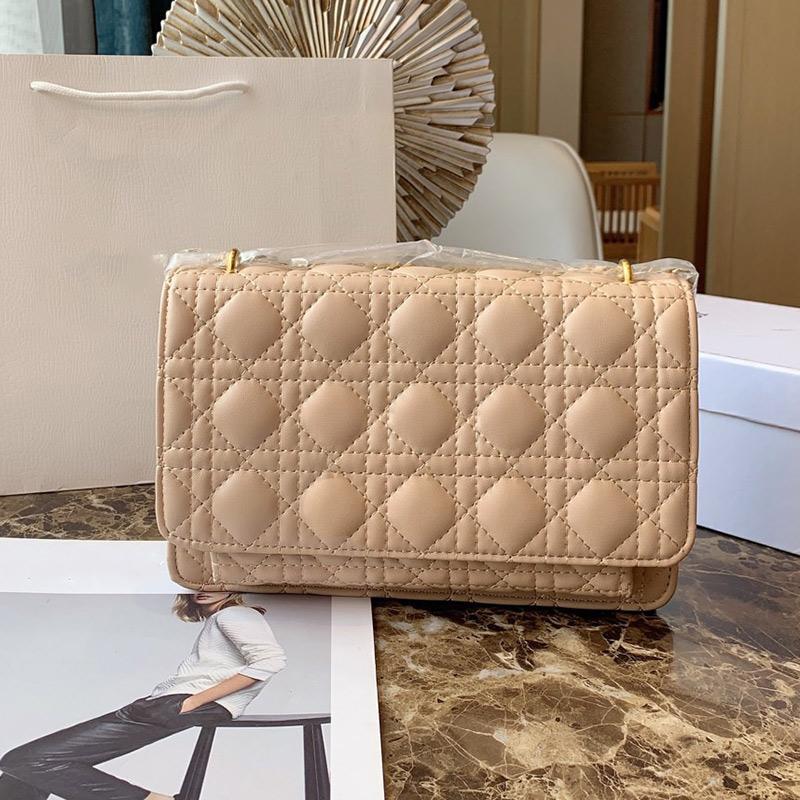 2020 أحدث الكلاسيكية hotsale أنماط الأزياء حقائب السيدات مصمم حقائب النساء الصليب الجسم حمل حقيبة واحدة الكتف حقيبة