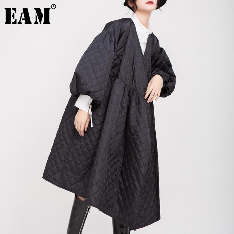 [EAM] V-COLRAR BLACK BANDAGE Baumwolle-gepolsterte Mantel Laterne Hülse Lose Fit Frauen Parkas Fashion Tide NEUER Frühling Herbst 1D700 201202