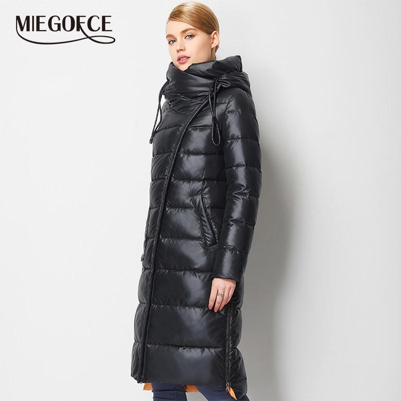 MIEGOFCE 2020 Şık Ceket Kadın Kapşonlu Sıcak Parkas Bio Fluff Parka Coat Yükseklik Kalite Kadın Yeni Kış Koleksiyonu
