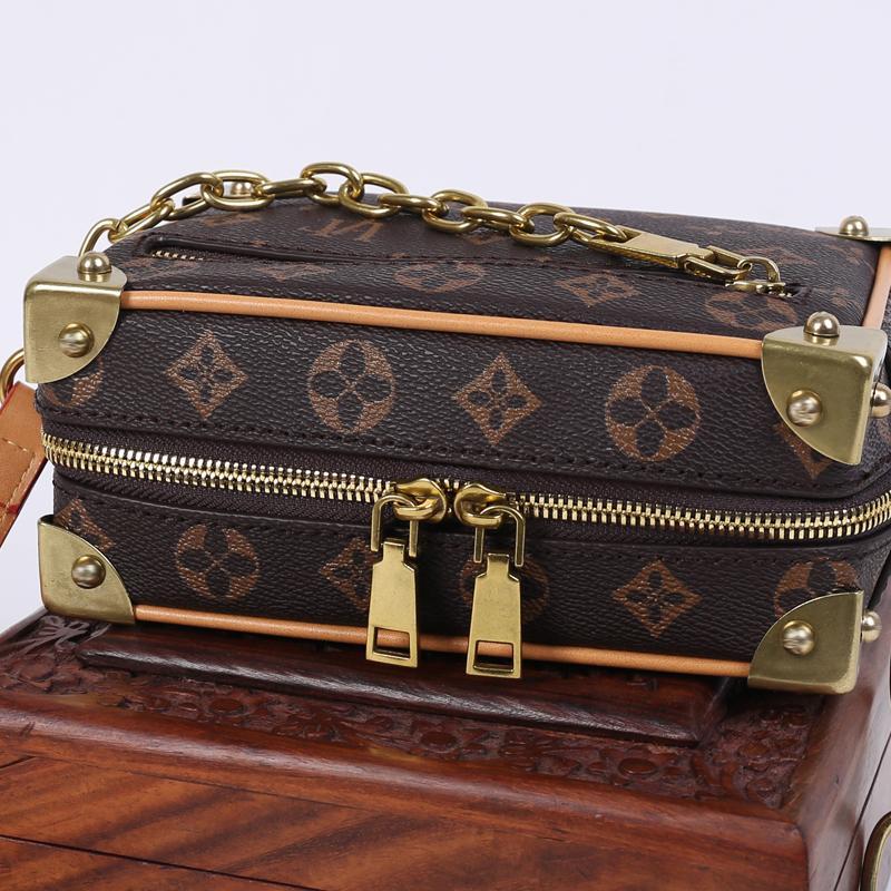 2020 Маленькая новая сумка маленькая коробка сумка ретро печатная цепь коробка квадратная мода все-матч для посланник плечо женщины TWCWR