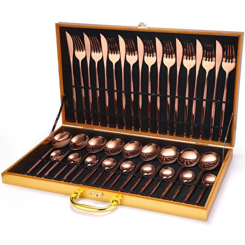 24pcs Golden Cutleri Fork Cucchiaio Coltello Gold Posate in acciaio inox Acciaio Aristocratico Aristocratico Luce Speculare Luce di lusso Dinnerwar Set 201116