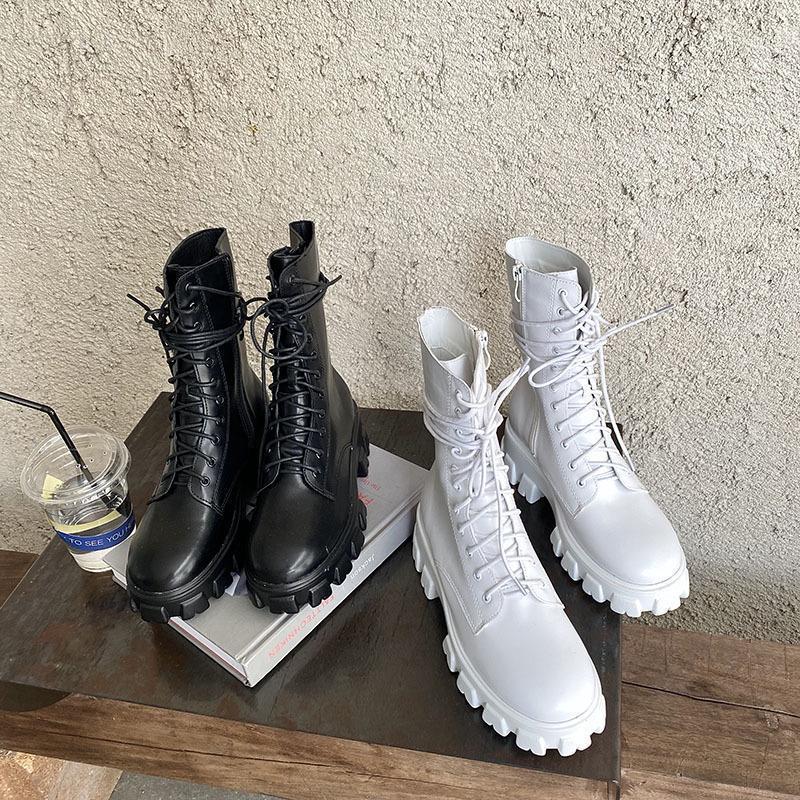 Lace Up Çizmeler kadın Kauçuk Ayakkabı Yağmur Botları-Kadınlar Lüks Tasarımcı Yuvarlak Ayak Binme Orta Buzağı 2020 Moda Kaya Med PU Spring1