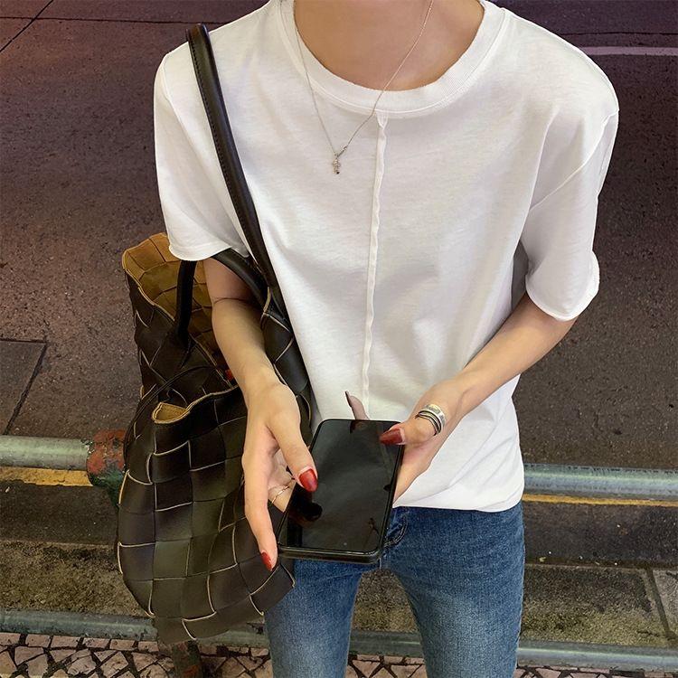 Doppel-weißes T-Shirt T-Shirt T-shirtsuper kühle cottonsolid Rundhals T-shirtloose und vielseitig im Herbst und winterwith kurzen Ärmel botto