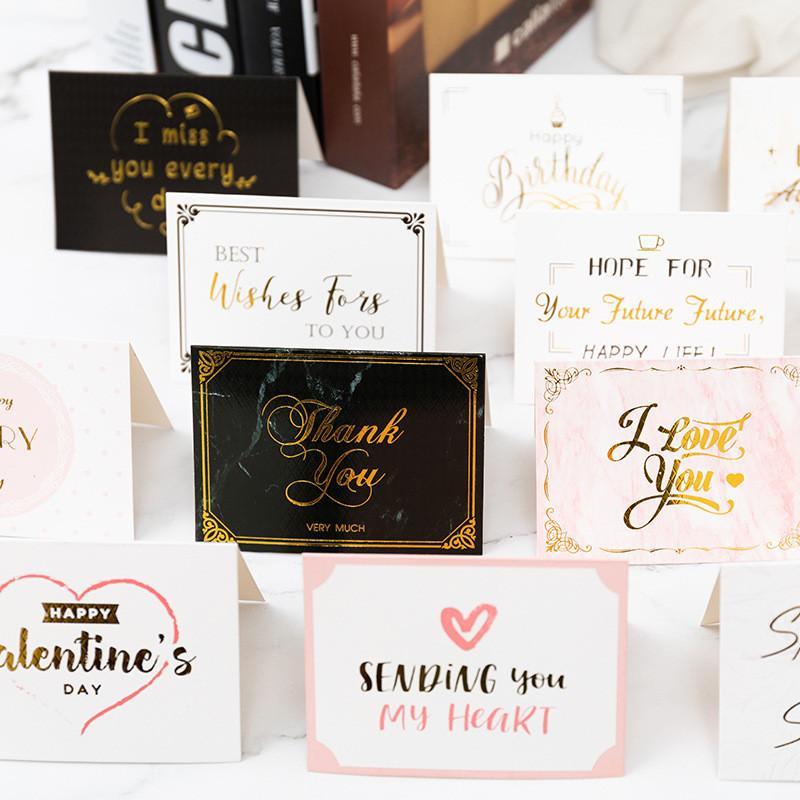 Postal del día de San Valentín con el sobre de gracias feliz cumpleaños deseo que todas las mejores tarjetas de felicitación