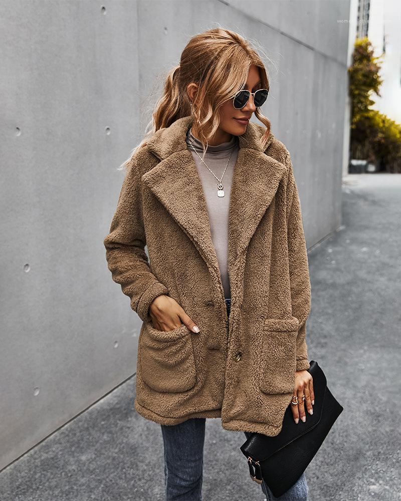 Giacche inverno delle signore cappotti Donne spinta più velluto cappotti solido di tasca di colore a maniche lunghe risvolto del collo