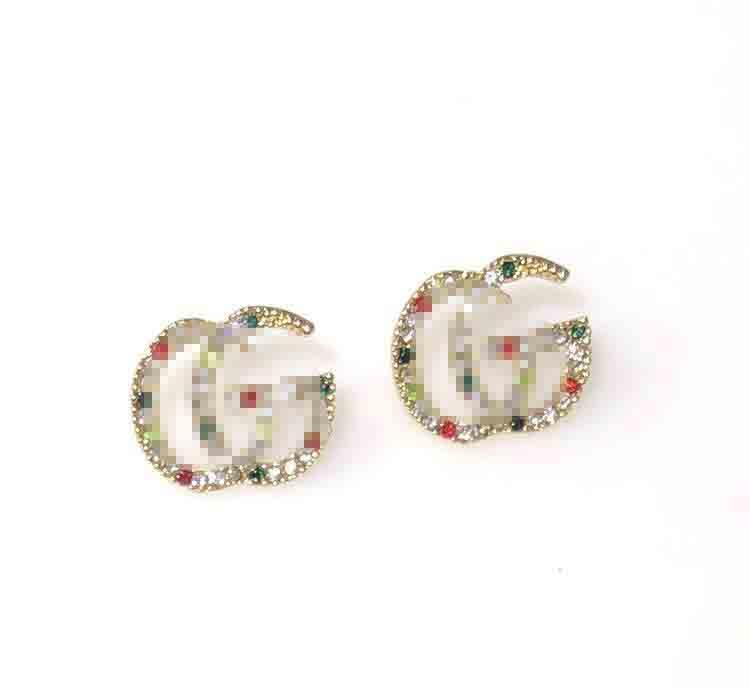 Europa e Stati Uniti nuovi modelli esplosione personalità della moda Super Color Flash orecchini di diamanti orecchini lettera di tendenza strass e bis