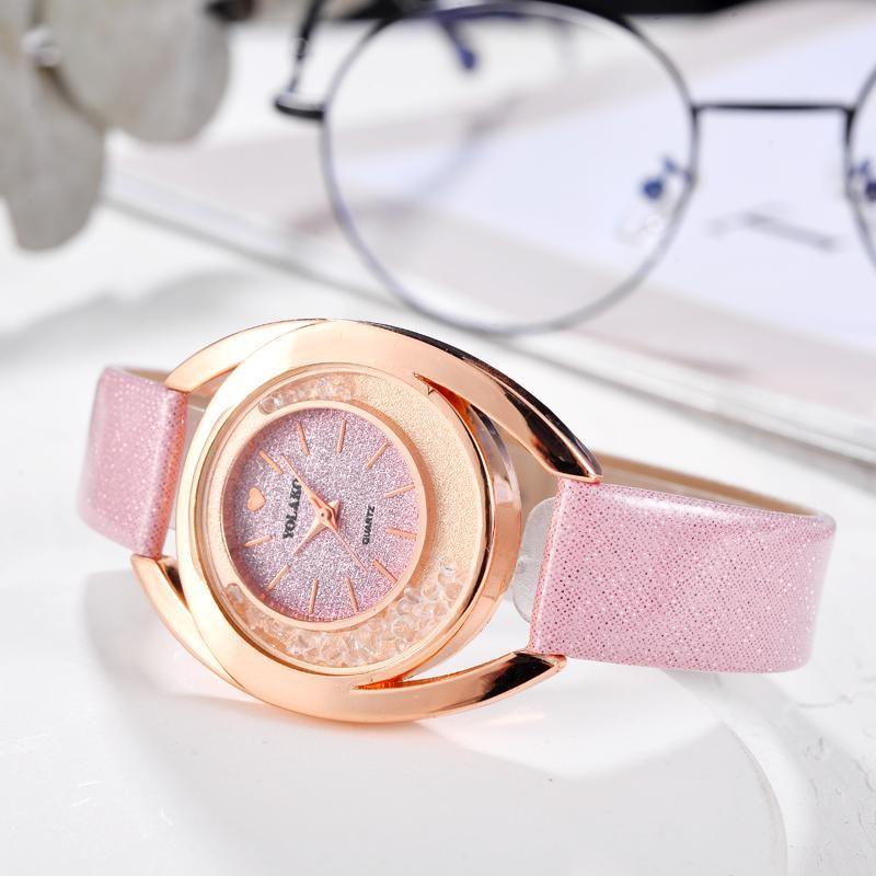 Уникальные формы Женщины Сердце Часы Дизайн Кварцевые часы Multicolor кожаный ремешок украшения Красочные Наручные часы Relogio feminino