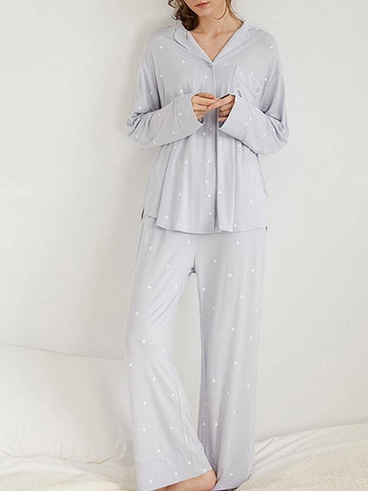 Mesdames à manches longues à manches longues à manches longues à manches longues, à la mode et aux pyjamas simples, de nouveaux vêtements de nuit