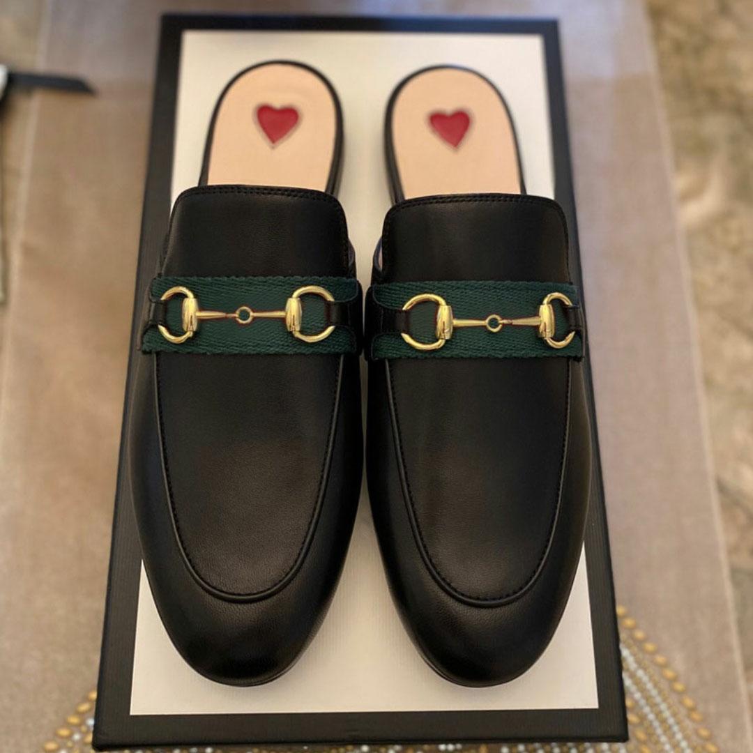 Hakiki Deri Erkekler Terlik Yumuşak Dana Tembel Kadın Ayakkabı Katır Klasik Bayan Terlik Metal Plaj Terlik Size34-46