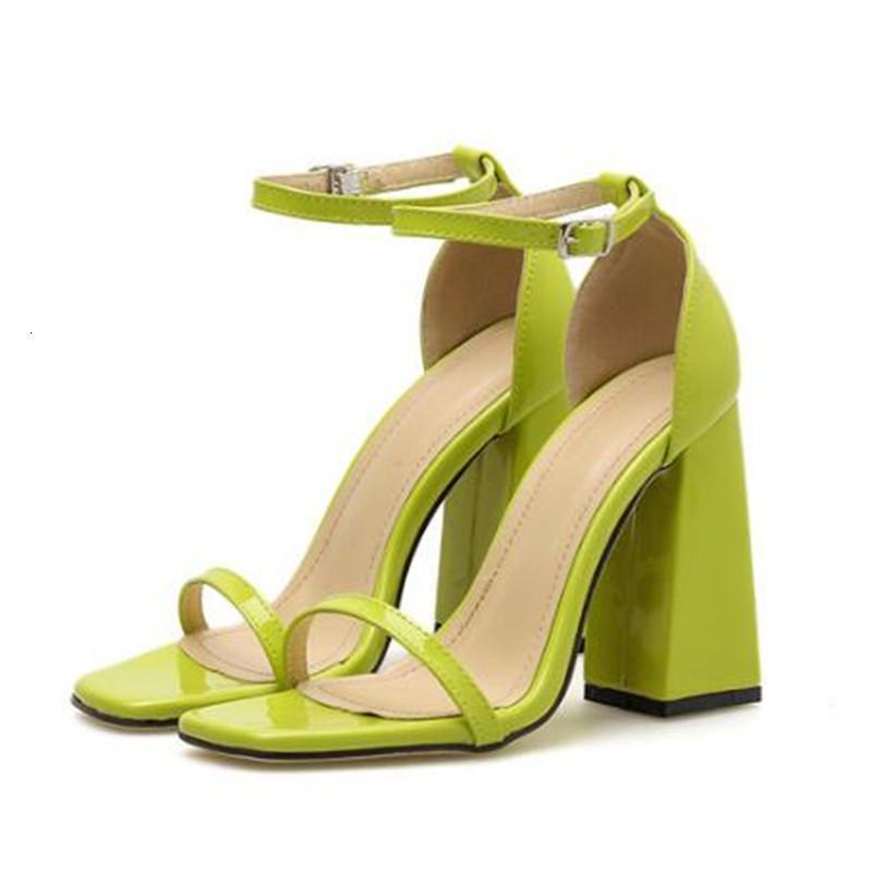 2021 Yeni Kadın Ayakkabı Yuvarlak Ayak Sandalet Açık Kare Yüksek Topuklu Yaz Parti Günlük Toka Kapak Boyutu 35-40 B45U