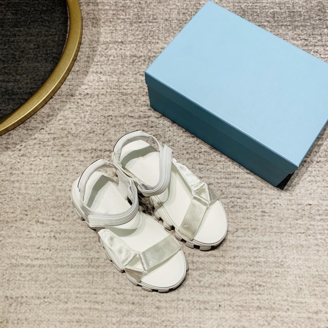 متعدد الألوان أسود أبيض ماجيك عصا العجل الجلود مبطن منصة العلامة التجارية الصنادل الفاخرة النساء الصنادل الأزياءبراد حجم الأحذية 34-40.