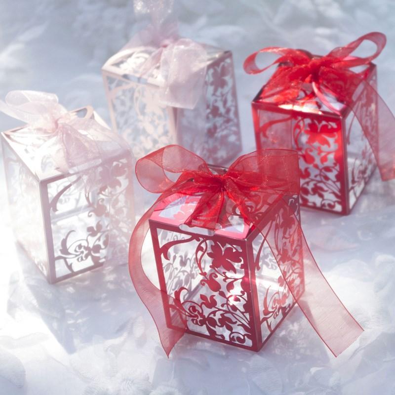 50PCS صالح حزب عيد الميلاد دش كاندي حقيبة صندوق زهرة قص الليزر الجوف علب الهدايا الزفاف الطفل تغليف صندوق مجوهرات المنظم