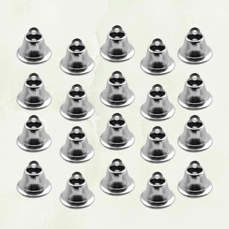 20шт 2.1cm Ювелирные украшения Малый Jingle Bells Metal Bell Xmas Декор Подвески для партии рождественской елки DIY ремесла (серебро)