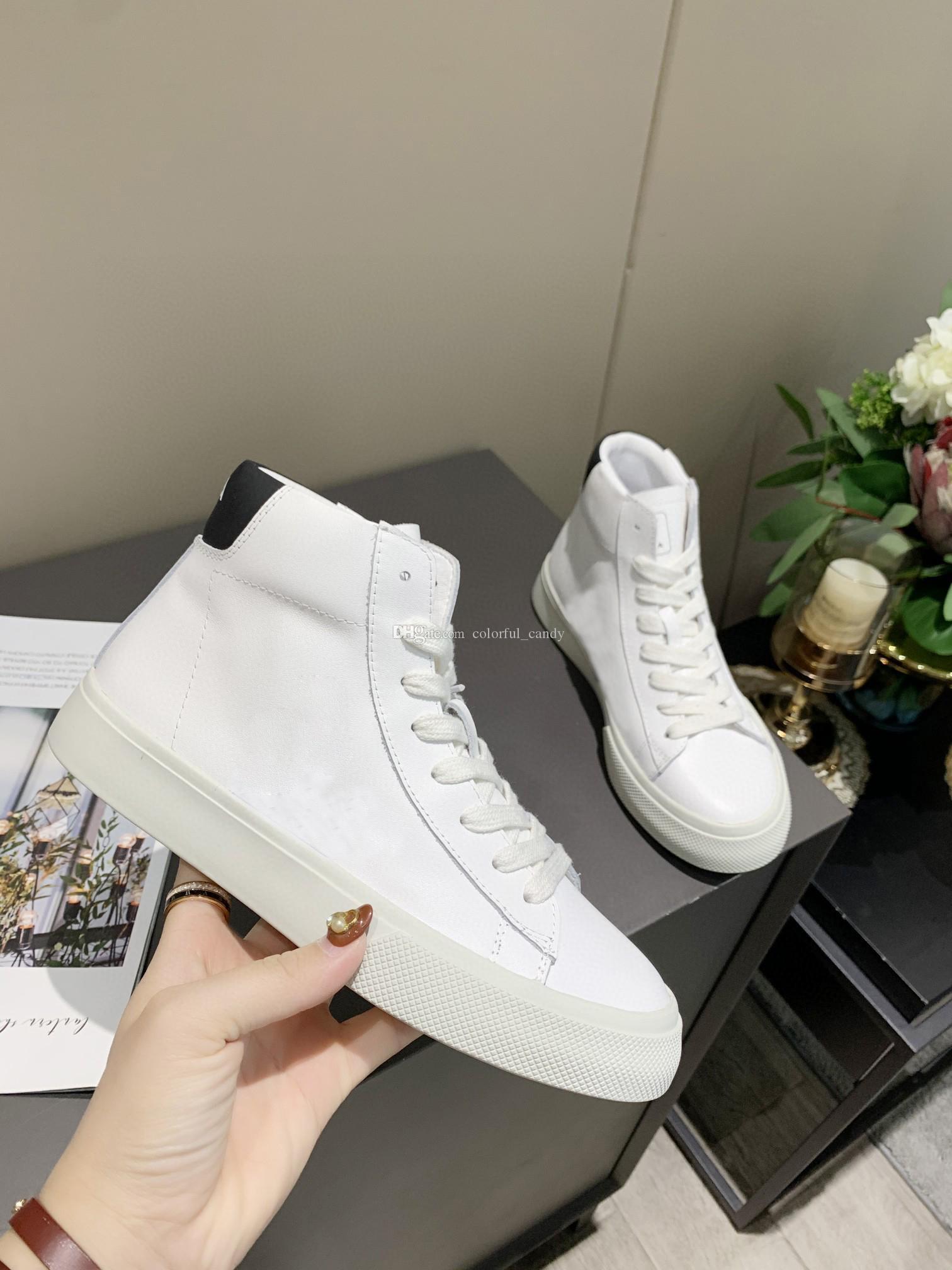 2021 Moda Sneakers Erkek Bayan Higt Üst V Mektup Beyaz Rahat Ayakkabılar Tasarımcı Lüks Spor Eğitmen Parti Ayakkabı