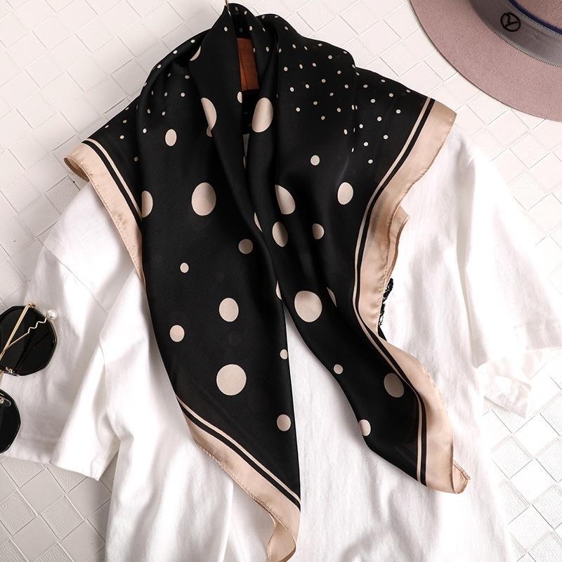 Mode Dot Print kerchief Seiden Satin Haar Schal Für Frauen Kleine Bandana Kopf Schals Weibliche 70 cm Quadratische Nackenschals Für Damen T200429