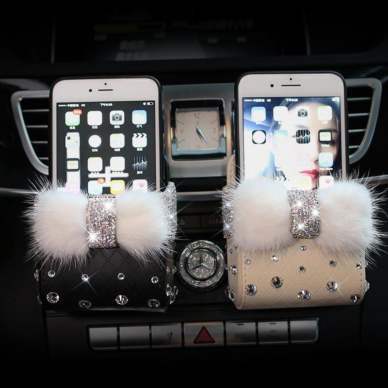 Bowknot Mink Fourrure Crystal Crystal Version d'air Boîte de conduite Auto Porte-Téléphone Mobile Strass Strass Pouch Organisateur Suspension de rangement LJ201119