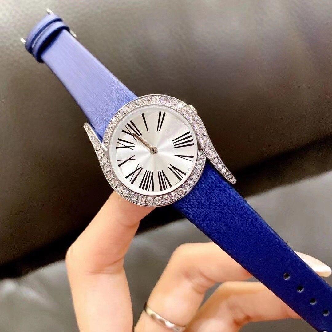 2020 Новый стиль моды розовое золото женщин Часы Алмазная Леди кожа наручные часы класса люкс кварцевые часы Мода дизайнерские часы Подарки для девочек