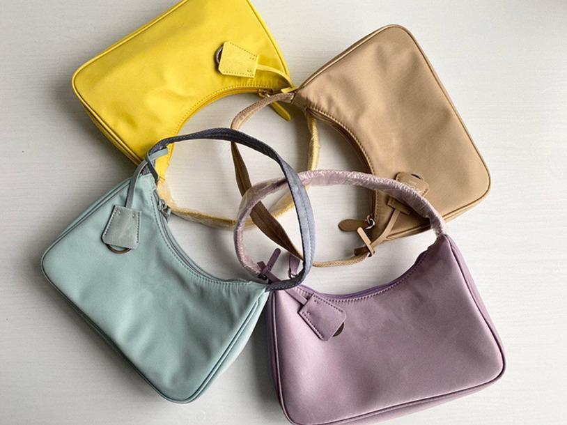 Borse Borse alte Reedition 2000 Designer Qualità della spalla Tote 2021 Borsa Nylon Duffle Famosa Pelle Lady Portafoglio Crossbody Bag Wallet Tuis