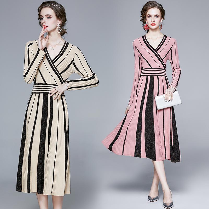 Mode Herbst Pullover Kleid Frauen Langarm V-Ausschnitt Gestreifter Pullover Gestricktes Kleid Weibliche Plissee Mid-Calf Vestidos