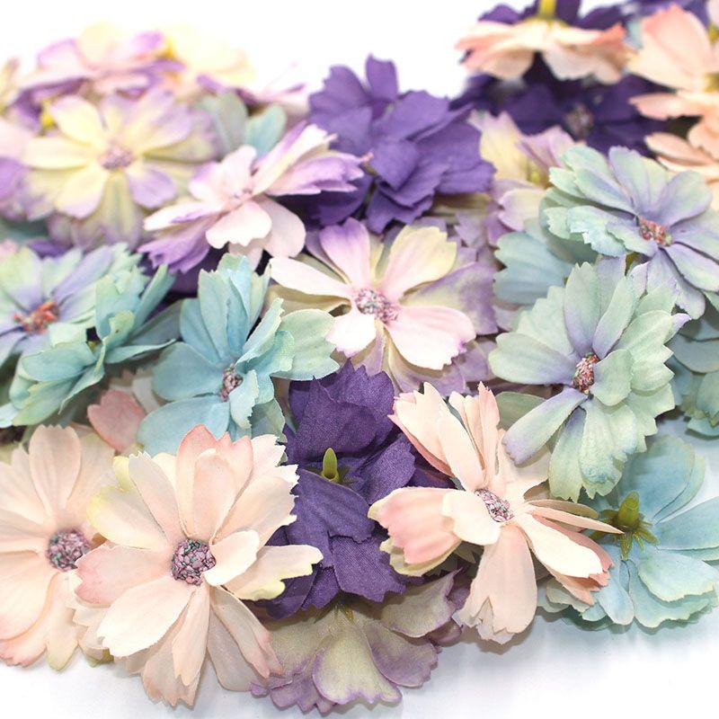 Hot 50 Stücke / SET von 4,5 cm-Blumenkopf mini Seide künstlicher Blumendekoration zu Hause Hochzeitsdekoration DIY Kranz Kopfschmuck