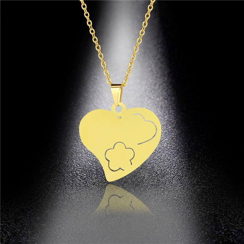 Stainless Steel Jewelry Custom Love Necklace Female Korean Short Paragraph Simple Accessories Star Clavicle Chain Heart Pendant