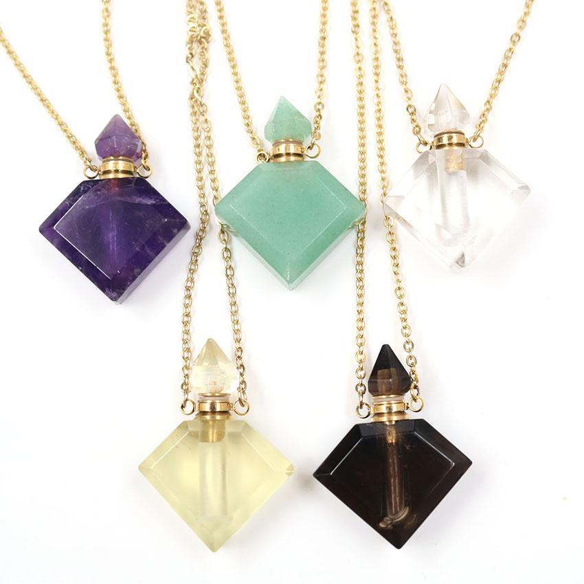 Venta al por mayor 5 PCS Chapado en oro Rhombus Shape Rock Crystal Perfume Botella Colgante Collar de cuarzo ahumado para mujer Joyería
