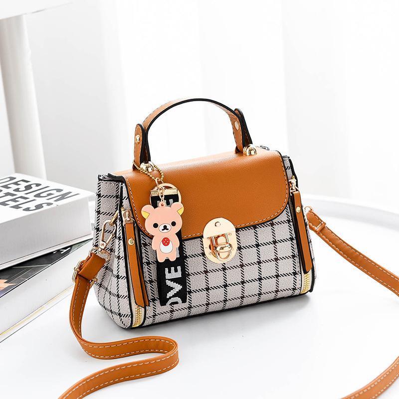 Kadınlar için 2020 Kadınlar Çanta Izgara Kadın Omuz çantaları Karikatür dekorasyon PU Tote Ekose Kız Hediye Çanta çanta