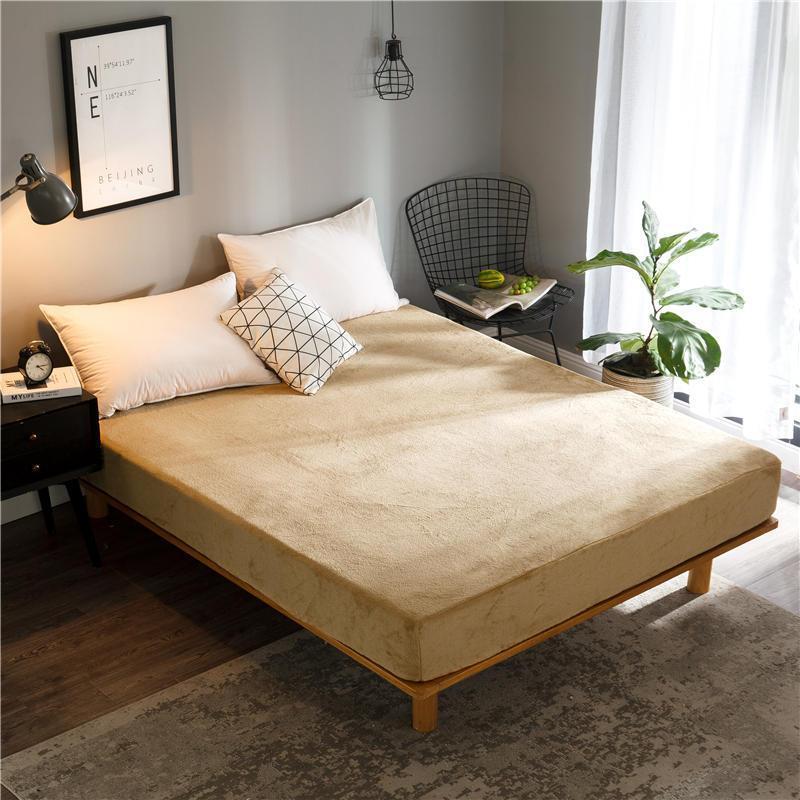BONEnjoy 1 PC Hoja de cama de lana de coral con sábanas elásticas de una sola / reina / king en la banda de goma Cubierta de colchón de color sólido