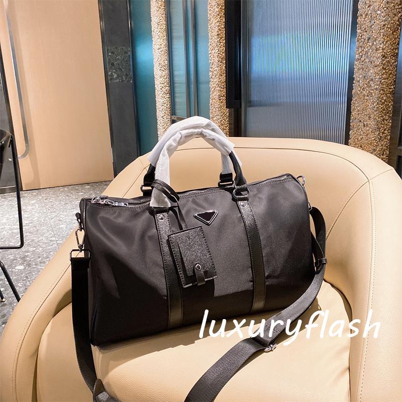 Nylon Travel Фитнес-мешок дизайнеры Мода Черный Высокое Качество Холст 2021 Мужская Европейская и Американская Прилив Стиль Женщины Люквины Бренд Кребец Сумка Оптовая