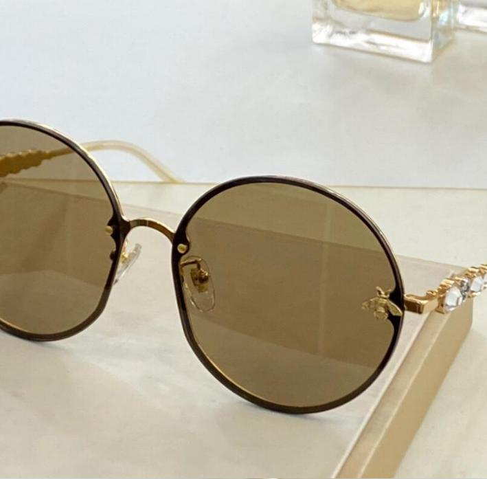 Moda Brandglasses Sıcak Çift Güneş Gözlüğü Güneş Gözlüğü Erkek Sunglass Rahat Açık Tatil Kadın Stil Lüks 20110401Q Tasarımcı OiBWH
