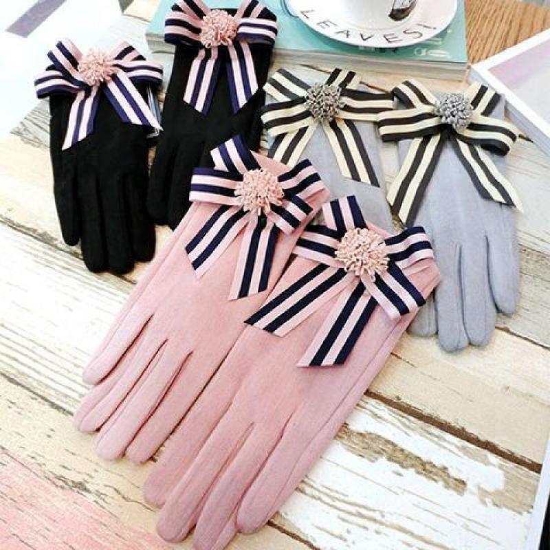 Five Fingers Gloves Winter Woman Linda tela flor suave mitones Suede Plus Velvet Elegant Bowk no conducir Mitteens AGL203