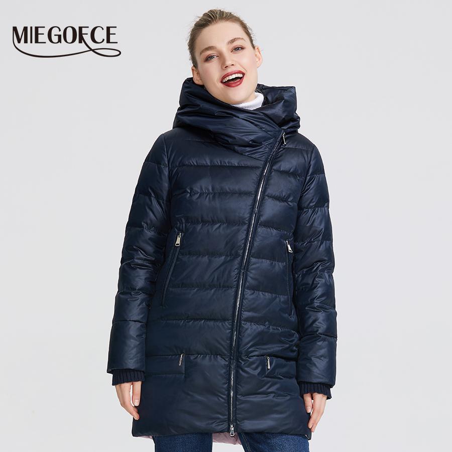 MIEGOFCE Kış Kadın Koleksiyonu Kadın Sıcak Ceket Kadınlar Palto ve Ceket Kış Windproof Stand-Up Hood 201.016 ile Yaka