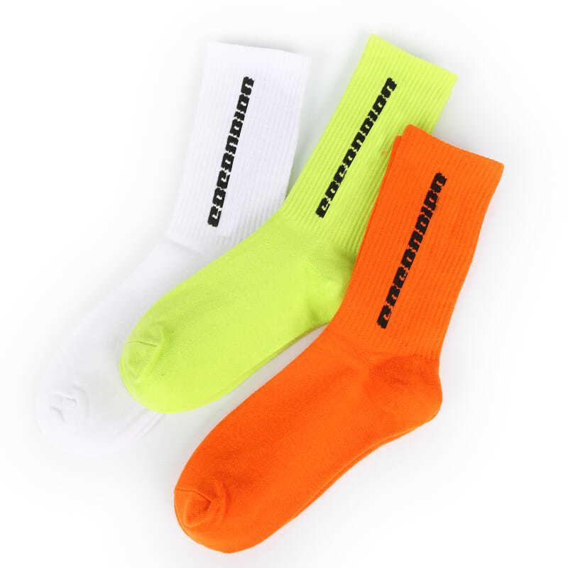 Мужские носки скейтборда Носок Мода Мужчины Женщины Буквенные Печатные носки Спортивные носки Sockings Hip Hop