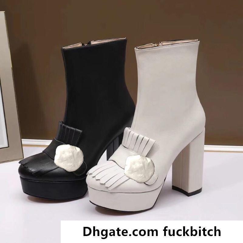 Classic Bowhide Short Boots Designer Tacchi alti Stivali da donna Stivali da modo Super High Heel Boots Fibbia Metal Fibbia Luxury Pelle Pelle Scarpe donna 35-40