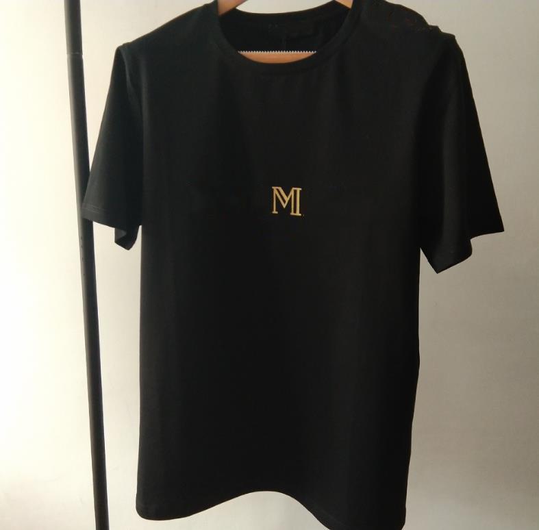 Neue Luxusdesign-Schultergoldschnalle Heißprägen Goldbrief Schwarzweiß Kurzarm Baumwolle Rundhals-T-Shirt für Frauen