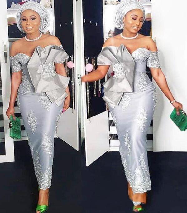 2021 Aso Ebi style de l'épaule robes de bal à manches courtes argent sirène thé longueur occasion formelle Nigern style