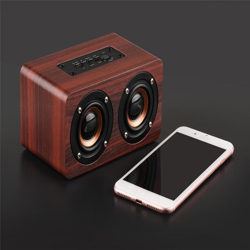W5 Bluetooth Haut-parleur portable Portable Haut-parleur Sonnable Mini Sound Bar 3D 10W Stéréo Stéréo Sound Support Sound Support FM TF Carte Basse Basse
