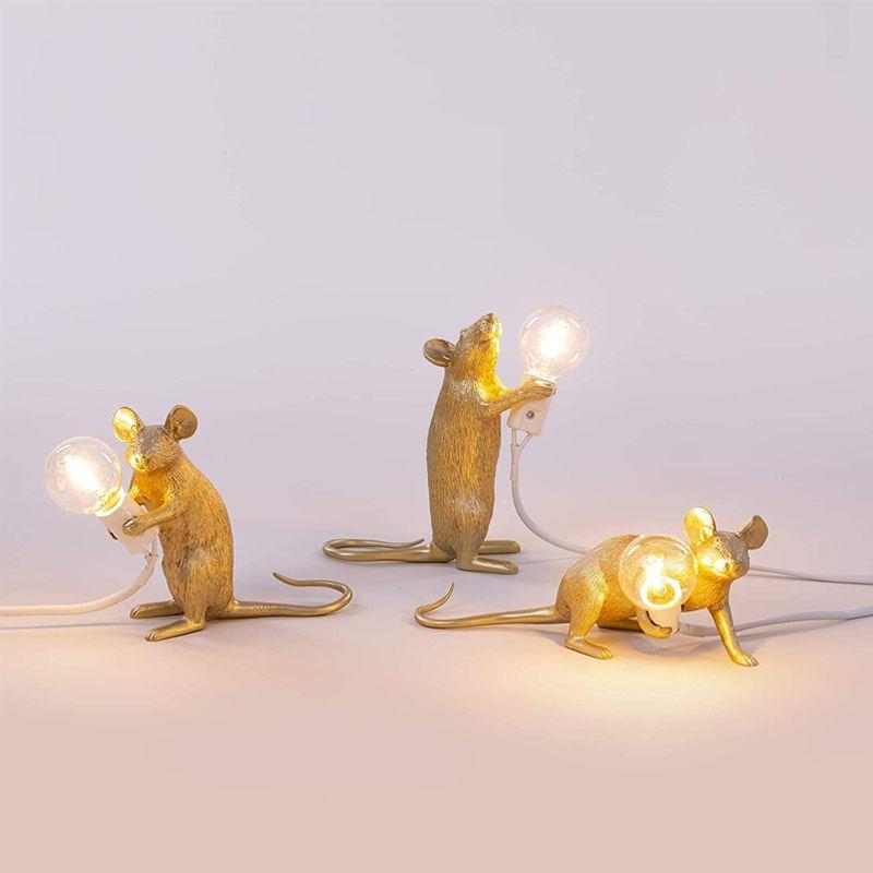 Oro mouse ha portato lampada da tavolo della Tabella creativa degli animali Nordic Light Soggiorno Studio Desk Lamp Camera Negozio di abbigliamento Luce della decorazione