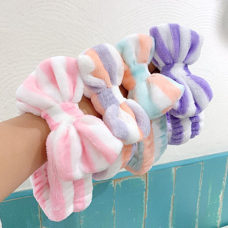 Punto a righe di corallo in pile grande arco morbido fascia per le donne faccia trucco per capelli porta hairband capelli ornamento di moda accessori per capelli y0124