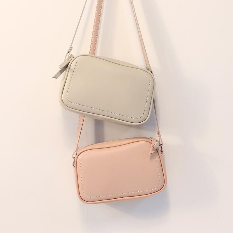 HBP Luxurys Design Couleur Femmes Femmes Sacs fourre-tout Sauvages Totes sauvages Sac shopping 2021 Golden Chain Butense Porte-monnaie 003
